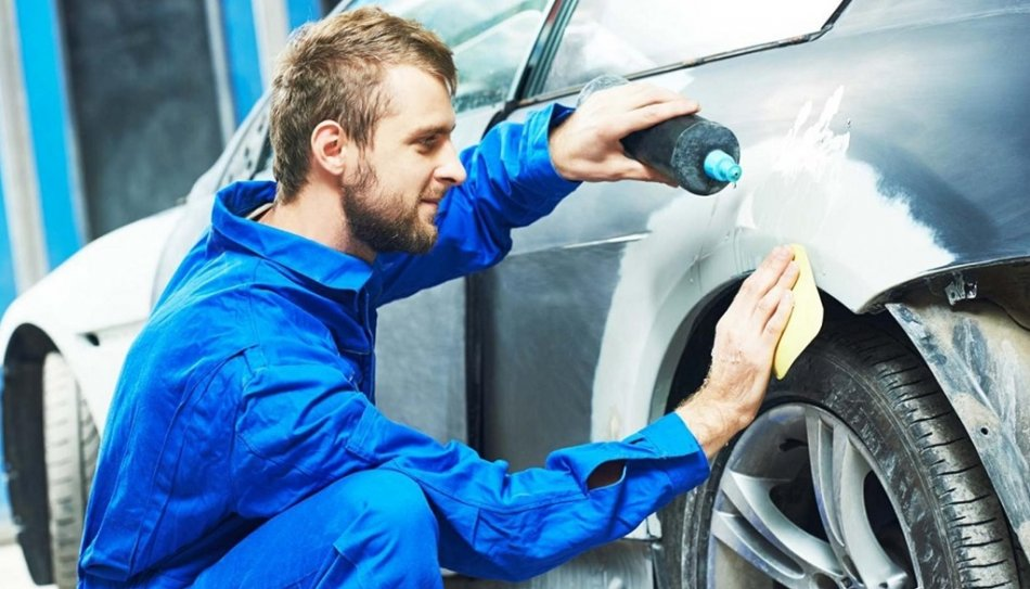 Things That You Should Think Ahead While Going with Car Restoration & Repair Services