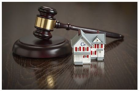 Avoid Legal and Financial Problems by Hiring a Lawyer
